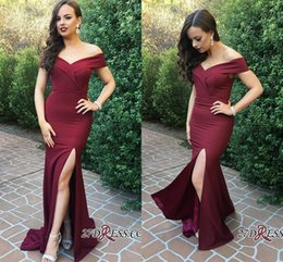 Barato Vestido Sem Alças Barato Da Sereia-Sexy Burgundy Mermaid Prom Dresses 2018 Satin Off Shoulder Andar Comprimento Side Split Backless Formal Evening Party Vestidos Custom Made Cheap