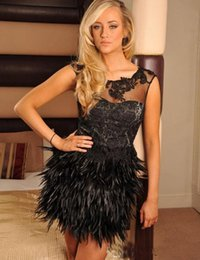 $enCountryForm.capitalKeyWord NZ - 2018 Black Full Lace Applique Short Cocktail Party Dresses With Feather Skirt Cap Sleeves Girls Formal Wear Homecoming Dress
