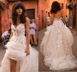 Toddler Sexy Canada - Liz Martinez Beach Wedding Dresses 2017 3D Floral V-neck Tiered Skirt Backless Plus Size Elegant Garden Country Toddler Wedding Gowns