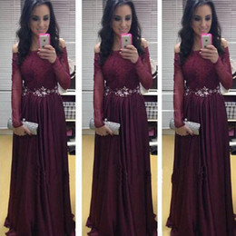 $enCountryForm.capitalKeyWord Canada - Vintage Long Formal Dress Plum Off the Shoulder Lace Appliques Illusion Sleeves Floor Length Evening Prom Party Gowns Crystals