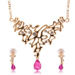 alloy wholesale Canada - Fashion Crystal Necklace Earrings Bride Jewelry Sets For Women Wedding Jewelry Sets High Quality 18kgp Alloy Jewelry Sets 61152223
