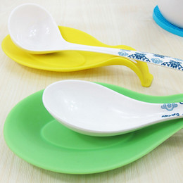 $enCountryForm.capitalKeyWord NZ - Spoon Rests & Pot Clips Multifunctional Silicone Spoon Fork Mat Rest Spatula Holder Stand Table Decoration