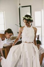 $enCountryForm.capitalKeyWord Canada - Amazing 2 Pieces Beach Wedding Gowns Lace Crop Top Taffeta Skirt Modern Bridal Dress Wedding Dresses robe de mariee Halter vestido de noiva