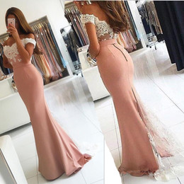 Barato Vestido De Seda Cor-de-rosa Escuro Da Sereia-Off-the-shoulder Lace-Appliques Long Modern Mermaid Prom Vestido Dark Pink Chiffon Sexy Evening Dress modesto baile Vestidos com mangas