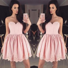 $enCountryForm.capitalKeyWord Canada - 2018 Modern Pink Sweetheart Backless A Line Sleeveless Lace Applique Short Knee Length Homecoming Dresses Ladies formal tuxedo