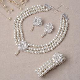 $enCountryForm.capitalKeyWord Australia - 2017 Luxury Bridal Accessories Pearl Necklace Earring Accessories crystal Wedding Jewelry Sets Fashion Style Hot Sale