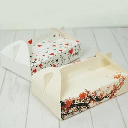 $enCountryForm.capitalKeyWord NZ - Plum Blossom Style Egg Yolk Cake Packaging Cookies Box Egg Tarts Xue Mei Niang Baking Box With Handle ZA4516