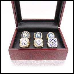 7251bd2b228e9 6 PCS Com caixa De Madeira Mais Novo Dos Homens da moda coleção de esportes  jóias New York Yan kee s anéis de campeão set fãs lembrança presente