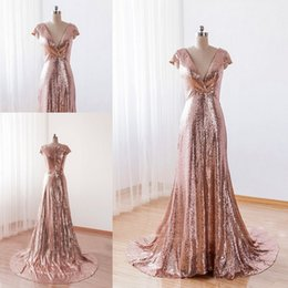 Robes De Bal En Or À Manches Courtes Pas Cher-Sparkly 2017 Cheap Sequins Robe de soirée Rose Gold Deep V Neck Capped Short Sleeves Zipper up Long Formal Prom Party Gowns Sweep Train