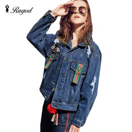 Jeans Léger En Jean Denim Pas Cher-Wholesale- Mode 2017 Femmes Winter Bee Broderie Coton Filles Denim Jacket Light Washed Womens Collar à manches longues manches longues Manteaux