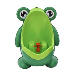 Wall Mounted Urinals UK - 3pcs Kids PP Frog Children Stand Vertical Urinal Wall-Mounted Urine Potty Groove Baby Boys Urinal Promotion Wall-mounted Training Toilet