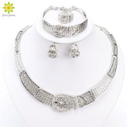 e306989a57a1 Mujeres de plata   chapado en oro Dubai blanco africano CZ Diamond cristal  austriaco collar pulsera pendiente anillo boda conjunto