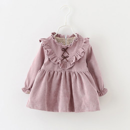 Barato Vestidos De Manga Longa 4t-Sweet Little Girls V Ruffle Vestidos com Forro 2017 Outono Kids Boutique Vestuário Coreano 1-4T Baby Girls Solid Color Long Sleeves Dresses