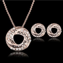 $enCountryForm.capitalKeyWord NZ - Necklace Earrings Jewelry Set Vintage Royal Luxury Women Fashion Rhinestone 18K Gold Plated Geometric Circle Party Jewelry 2-Piece Set JS118