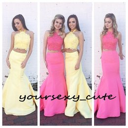 Soirée Pour Les Adolescents Pas Cher-Deux pièces robes de sirène Robes de bal Halter dentelle satin perles longue Rose Bleu Jaune Backless Ados Robes de bal Party Soirée balayage train