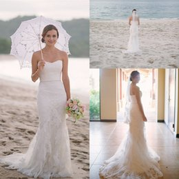 Robes Sans Bretelles Pour Le Mariage De Plage Pas Cher-Summer Beach Mermaid Style Robes de mariée en dentelle 2017 Strapless Sweetheart Sweep Train Backless Trumpet Robes de mariée
