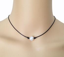 53e830c9e3f1 Collar de perlas blancas de agua dulce cultivadas de 10 mm Collar de perlas  de cuero negro con perlas auténticas Joyas hechas a mano de perlas  flotantes ...