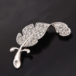 Clothes Forms Canada - delicate crystal brooches Silver Simple colored feather brooch form New Loved Fashion accessories clothes sweater Decor DHL free shipping