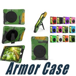 Wholesale Hybrid Armor Case For iPad Mini with Kickstand Hand Belt Heavey Duty Case Cover For iPad Air Pro New iPad