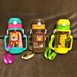 Chinese  Wholesale- High quality 400ml Cute Cartoon kids Straw Baby Bottle Type lion Animal Print Feeding Cup Non-toxic Water Drinking handle Bottle manufacturers