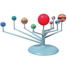 DIY образовательные игрушки Солнечной системы девять планетарий модель комплект наука астрономия проект раннего образования для детей Рождественский подарок на Распродаже