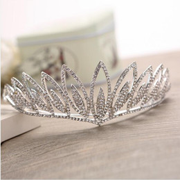 $enCountryForm.capitalKeyWord NZ - 2017 New style Bridal Accessories Headpieces Beaded Hair Accessories Headband Band Crown Tiara Ribbon Headpiece Jewelry Set