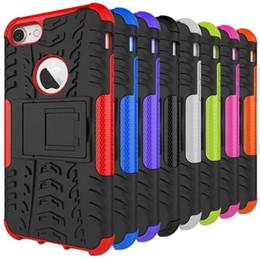 Vente en gros Étui de béquille résistant résistant aux chocs résistant aux chocs pour Apple iPhone 4,4S, 5 5S SE 6 6 Plus 7 7 Plus 8 8 Plus X PC + TPU Case