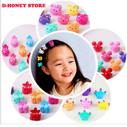 $enCountryForm.capitalKeyWord NZ - 36pcs lot Todder Accessories Mini Hair Claw Clamps Flower Heart Plastic Hair Clips Baby Grips Hair Jaw Mix Color