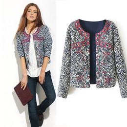 Wholesale Autumn New Spring Women Outerwear Vintage Women Lady Ethnic Floral Print Embroidered Short Jacket Slim Coat