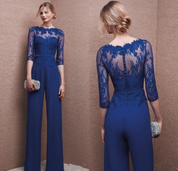 Robes De Soirée Plus Manches Pas Cher-Royal Blue 2017 Plus Size Mother Of Bride Pant Suit 3/4 Manteau en dentelle Mère Combinaison Mousseline Cocktail Party Robes de soirée Custom Made