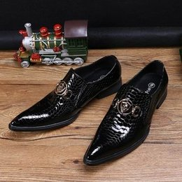 black boat dress shoes mens 2019 - Hot Selling Luxury Mens Black Dress Shoes Fashion Pointed Toe Snake Pattern Patent Leather Slip On Boat Shoes Skull Char