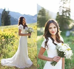 Discount line beaded bodice wedding dresses - 2016 New Romantic Country Garden Wedding Dresses V Neck Full Lace Short Sleeves A Line Crystal Beaded Sashes Bow Plus Si