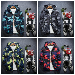 Barato Casaco De Outono Coreia-Men's Camo Thin Windbreaker Jacket Men Women Camouflage Thin Coats Korea Style Autumn Casacos com capuz de vento
