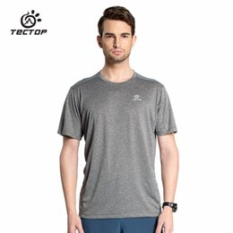 T-shirts Légers Pour L'été Pas Cher-Wholesale-Great TECTOP 2016 Summer Outdoor Sports Fast Drying T-Shirts Hommes Short Sleeve Couples Light Camps respirant camping Escalade