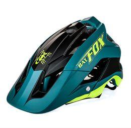 China 2017 Newest Bicycle Helmet Men Women Road Mountain MTB Helmet Ultralight Lntegrally-molded Cycling Helmet Casco Ciclismo cheap green helmets suppliers