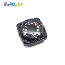 10 pcs / lot Mini Thermomètre pour Paracord Bracelet En Plein Air Camping Randonnée Voyage Survie Outil De Survie en Solde