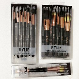 Professional makeuP tools online shopping - Kylie Jenner cosmetics Makeup Brushes foundation powder blush Makeup Brushes High Tech Make Up Tools Professional Makeup Brush set