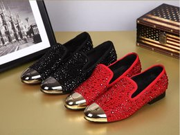 $enCountryForm.capitalKeyWord NZ - 2019 NEW Fashion European style Casual Formal Shoes For Men Black RED Genuine Leather Men Wedding Shoes Gold Metallic Mens Studded Loafers