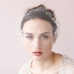 Courts Voiles De Voiles De Mariage Pas Cher-Twigs Honey Birdcage Voiles de mariage Face Blusher With Pearls Wedding Hair Pieces One Layer Short Bridal Headpieces Voiles nuptiales # V0025