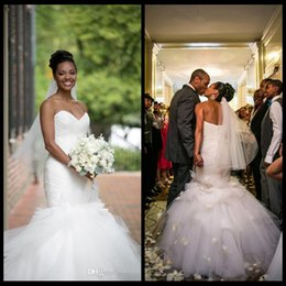 Barato Venda Saia Saias-2016 Top Sale Backless Mermaid Wedding Dresses Vintage Sweetheart Tulle Ruffles Tiered Saias Sexy African American Bridal Gowns Bandage