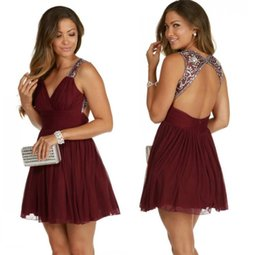 pictures 8th grade dresses 2019 - Sexy Burgundy Short Homecoming Dresses Keyhole Backless Beading Crystal Chiffon Short 8th Grade Graduation Party Prom Dr