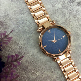 Wholesale Famous Designer Lady watch Star Shinning Dial Stainless steel Women Wristwatch Nobel Female Quartz Dress Watch Jewelry buckle