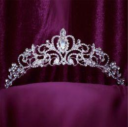 $enCountryForm.capitalKeyWord NZ - Wholesale Vintage Wedding Bridal Headpieces Crown Tiara Silver Crystal Rhinestone Hair Accessories Jewelry Hair Band Cheap Prom Jewelry