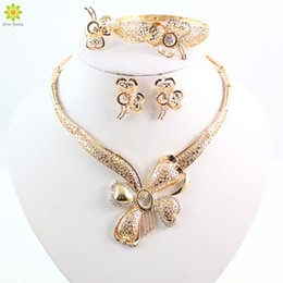 nigerian jewelry sets NZ - Elegant Fashion Dubai Gold Plated Vintage Women Nigerian Crystal Jewelry Sets African Beads Butterfly Design Jewelry Costume