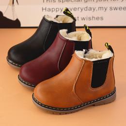 Venta al por mayor de China breve moda invierno niños botas cremallera cuero tobillo corto grueso zapatos calientes botas niños niñas negro gris marrón UE 21-36