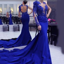 Barato Vestidos Longos De Lycra-One Shoulder Mermaid Evening Dresses manga comprida Royal Blue Crystal Lace Appliqued Vestidos de baile formal com vestido de tapete vermelho com trem longo