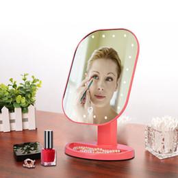 Nuevo LED Mini Maquillaje Espejo Cosmético de Escritorio Portátil Compacto 16 luces LED Iluminado Espejo de Maquillaje de Viaje para las mujeres Envío Gratis en venta