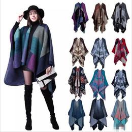 Plaid Poncho Mujeres Vintage Fashion Scarf Floral abrigo de punto de cachemira bufandas Lady Winter Cape Chal Cardigan Mantas Capa abrigo suéter B3023 en venta