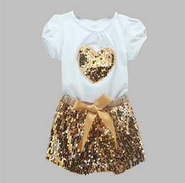 Kids S T Shirts En Gros Pas Cher-Grossiste Enfants Cute Girl T-shirt à manches courtes Or Sequins Shorts Pantalons Outfits Bling bling 110 cm-140 cm 5 ensembles / lot