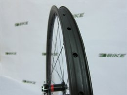 Chinese  New 29erx40mm width DH carbon wheelset hookless 32mm depth front M15 thru rear 142mm X12 SUPER strong MTB carbon wheels manufacturers